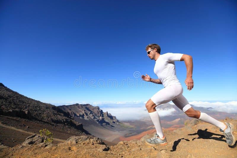 Идущий человек бегунка спорта стоковые фотографии rf