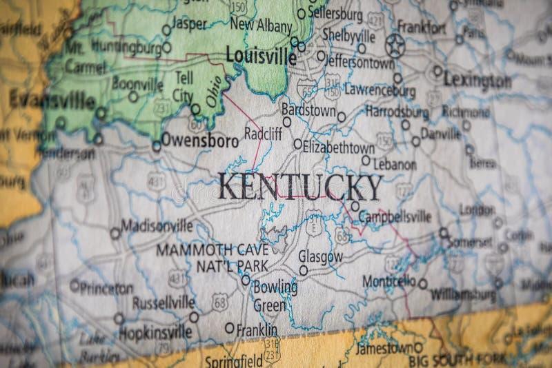 Избирательная Фокус Кентукки На Географической И Политической Государственной Карте США стоковые фотографии rf