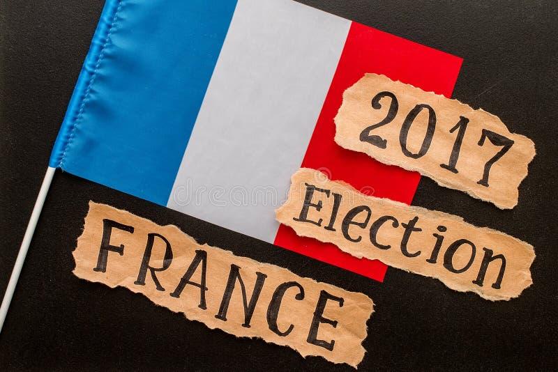 Избрание, ФРАНЦИЯ, 2017, надпись на скомканном куске бумаги стоковая фотография