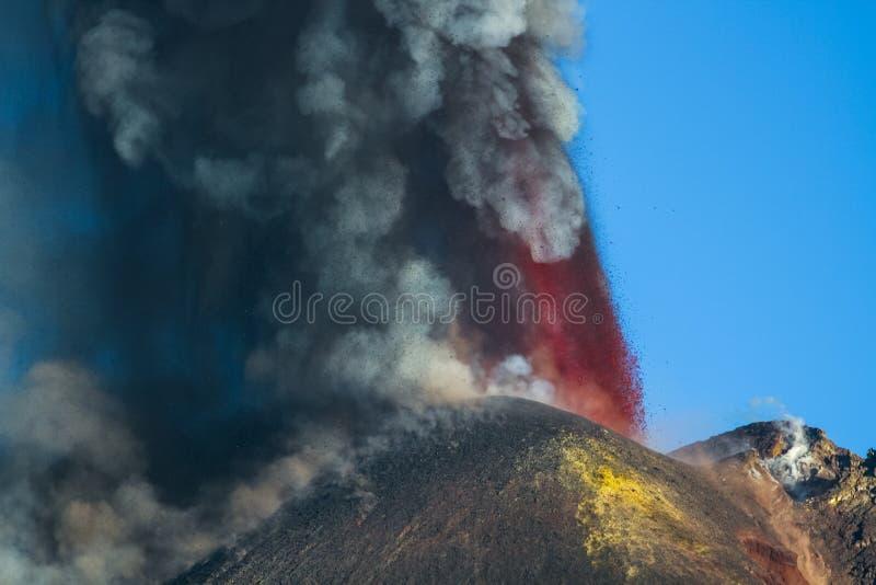 Извержение Этна вулкана стоковая фотография