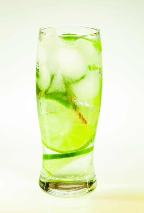 Известка и мята mojito холодного напитка лета стоковое изображение