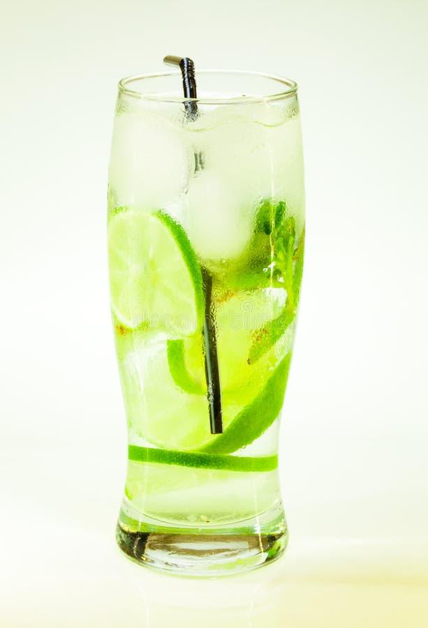 Известка и мята mojito холодного напитка лета стоковое фото