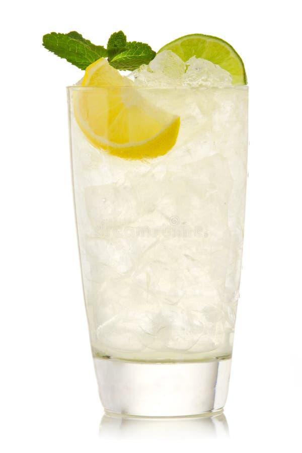 Download известка лимона коктеила стоковое фото. изображение насчитывающей фронт - 18388082