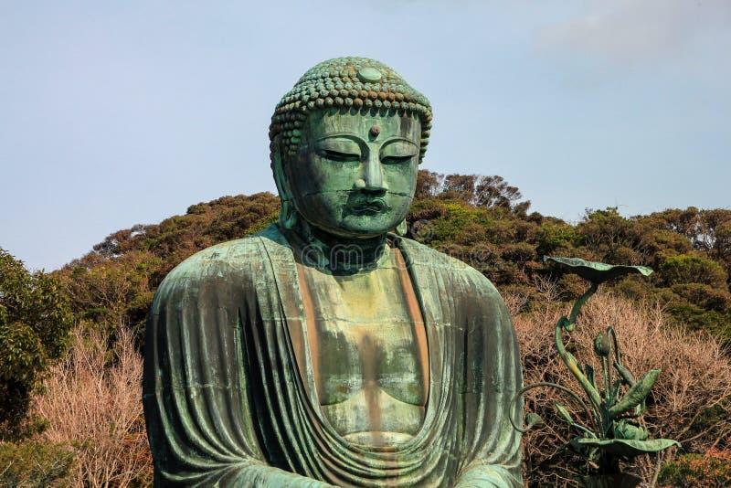Известная бронзовая статуя большего Будды, Камакуры, Японии стоковое изображение rf