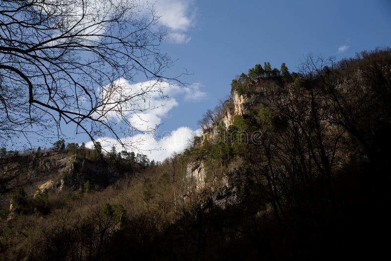 Известная трасса через горы стоковое фото rf