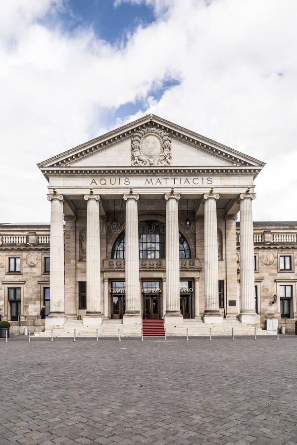 Известное историческое казино в Висбадене, Германии стоковое изображение