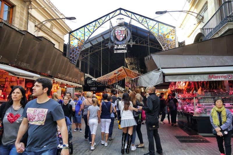 Известное Ла Boqueria продовольственного рынка около Ла Rambla стоковые изображения
