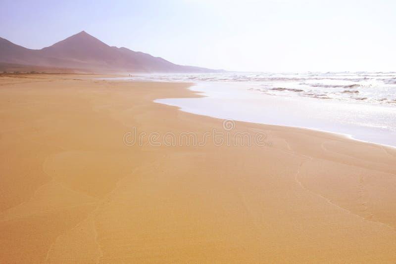Известное Ла Cofete пляжа в Фуэртевентуре стоковое фото rf
