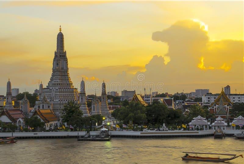 Известное Wat Arun стоковые фото