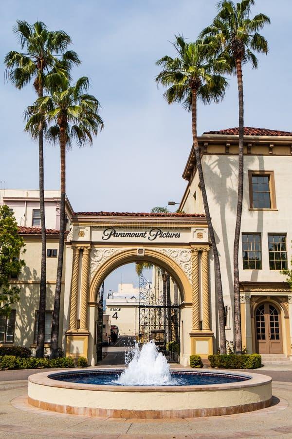 Известные киностудии Paramount Pictures на Лос-Анджелесе - КАЛИФОРНИЯ, США - 18-О стоковое изображение