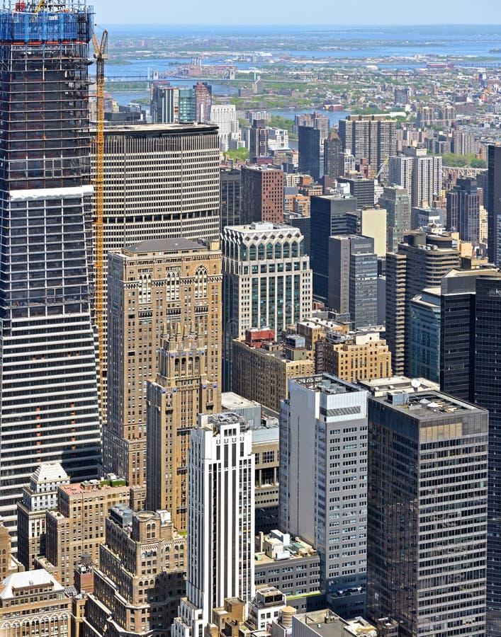 Известные небоскребы в центре города Манхэттене E r стоковая фотография