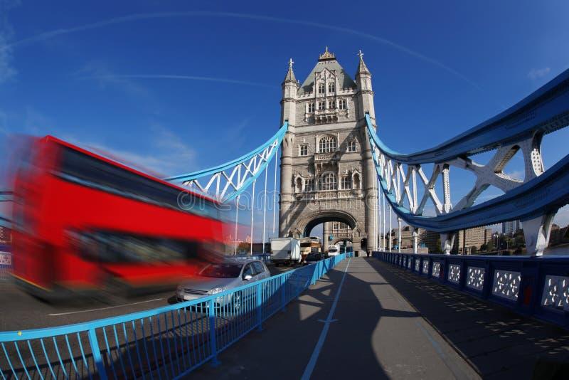 Известный мост башни в Лондон, Англии стоковое фото rf