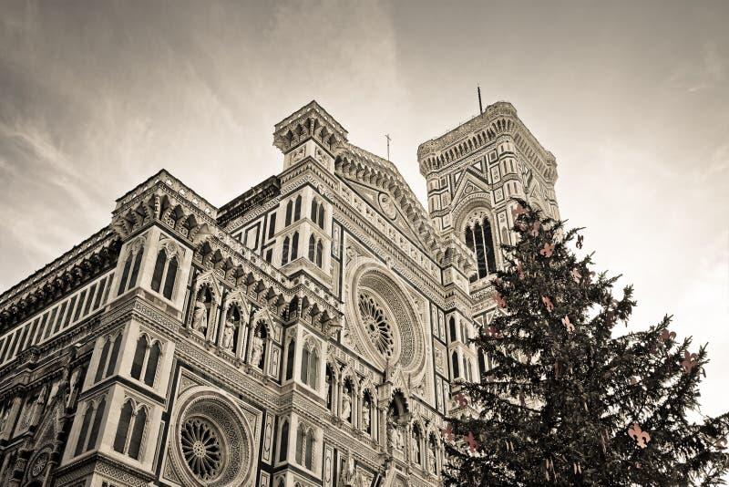Известный собор во Флоренс Сан Mary с рождественской елкой Италией - Тосканой - городом Флоренс стоковая фотография rf