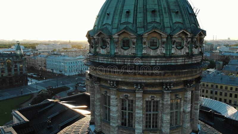 Известный собор Казани с окнами в антенне Green Dome стоковое фото