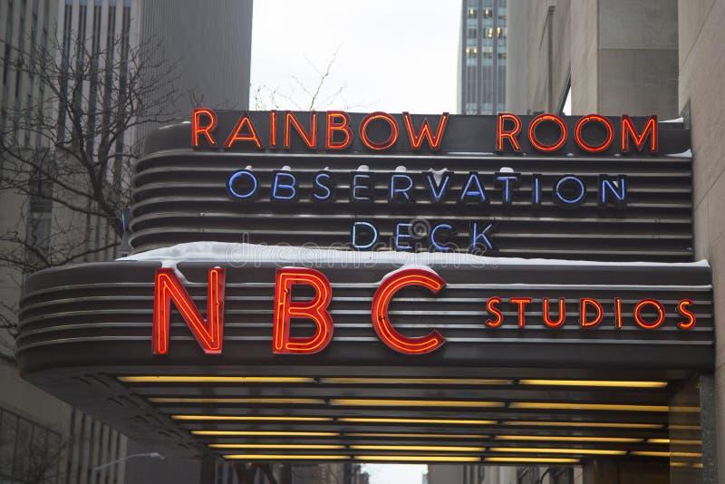 Известный центр Рокефеллер домашний к студиям Эн-Би-Си, смотровой площадке, и высококачественной комнате радуги ночного клуба стоковые изображения rf
