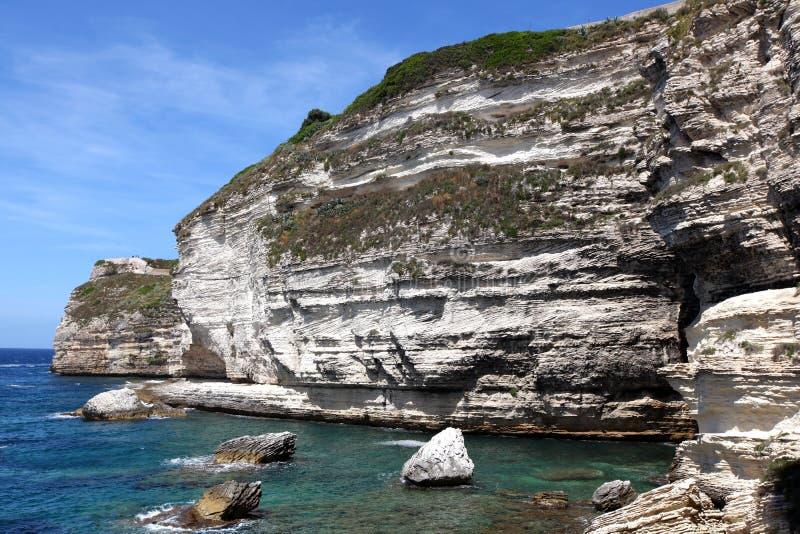 известняк скалы залива стоковое изображение rf