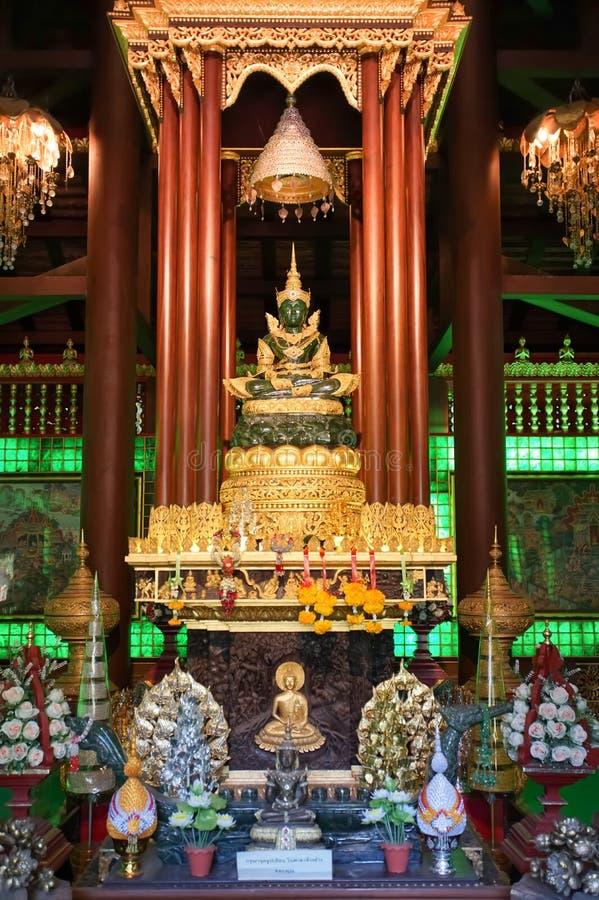 Изображение Будды изумруда в Wat Phra Kaew, Chiang Rai стоковые изображения rf