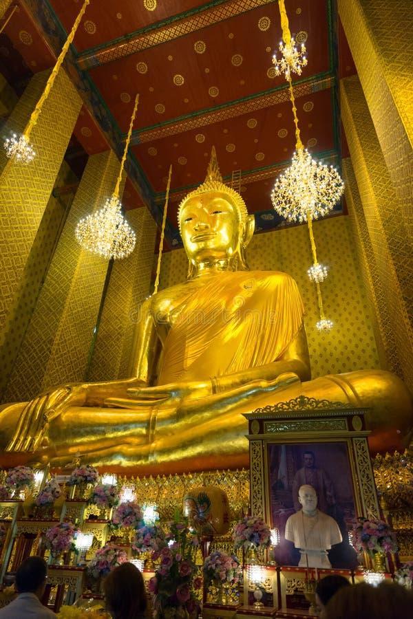 Изображение Будды Wat Kalayanamitr стоковые изображения rf