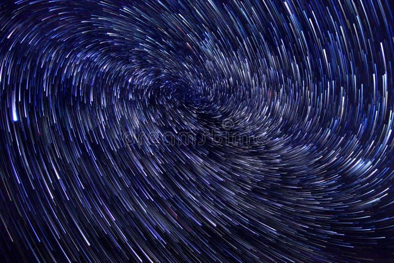 Изображение вортекса следа звезды долгой выдержки стоковое фото rf