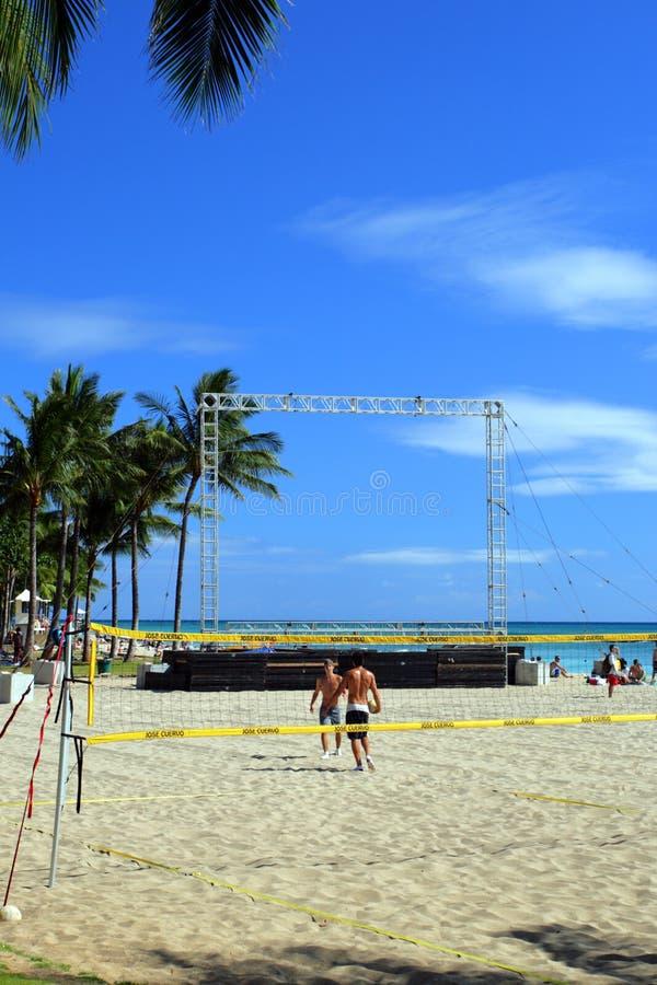 Изображение запаса пляжа Waikiki, Гонолулу, Оаху, Гаваи стоковые изображения rf
