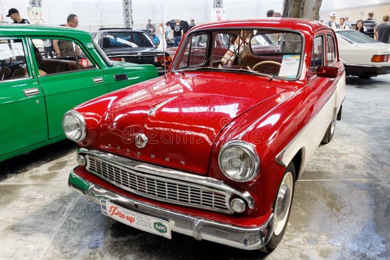 Изображение запаса Moskvich 407 винтажное автомобильное стоковые фото