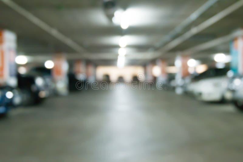 Изображение запачканной автостоянки в предпосылке гипермаркета стоковая фотография rf