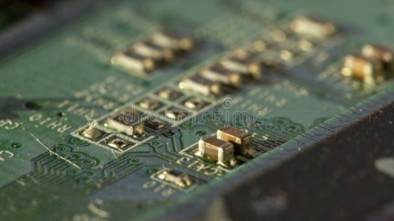 Изображение макроса зеленой платы с печатным монтажом - PCB стоковое фото rf