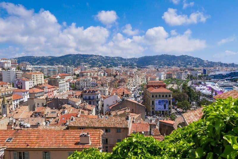 Изображение порта города на французской ривьере, Франции Канн старого стоковое изображение rf