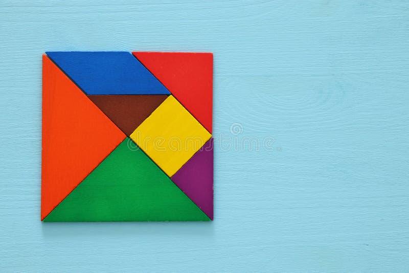 изображение ретро головоломки tangram стоковые фотографии rf