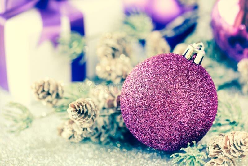 Изображение рождества фильтрованное безделушкой стоковое изображение