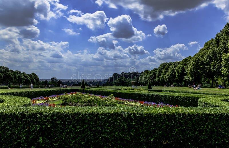 Изображение сада Cliveden в Taplow, Backinghamshire, Великобритании стоковые фотографии rf