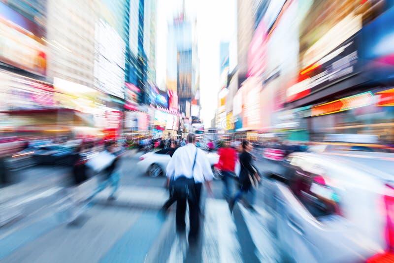 Изображение сигнала людей и движения в Манхаттане, крупном плане NYCFace собаки Коллиы стоковые изображения rf