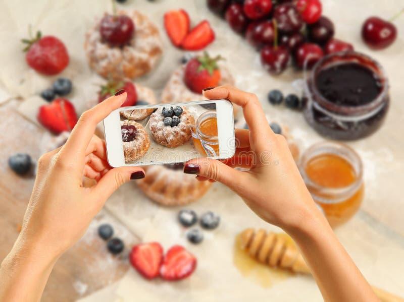 Изображение сладостных тортов стоковое фото rf