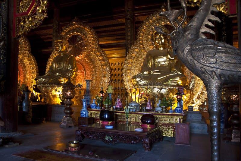 изображения Будды золотистые стоковые изображения