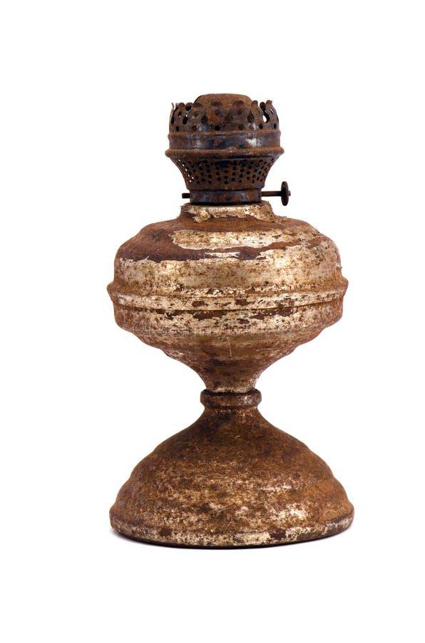 изолированная заржаветая старая светильника стоковое изображение