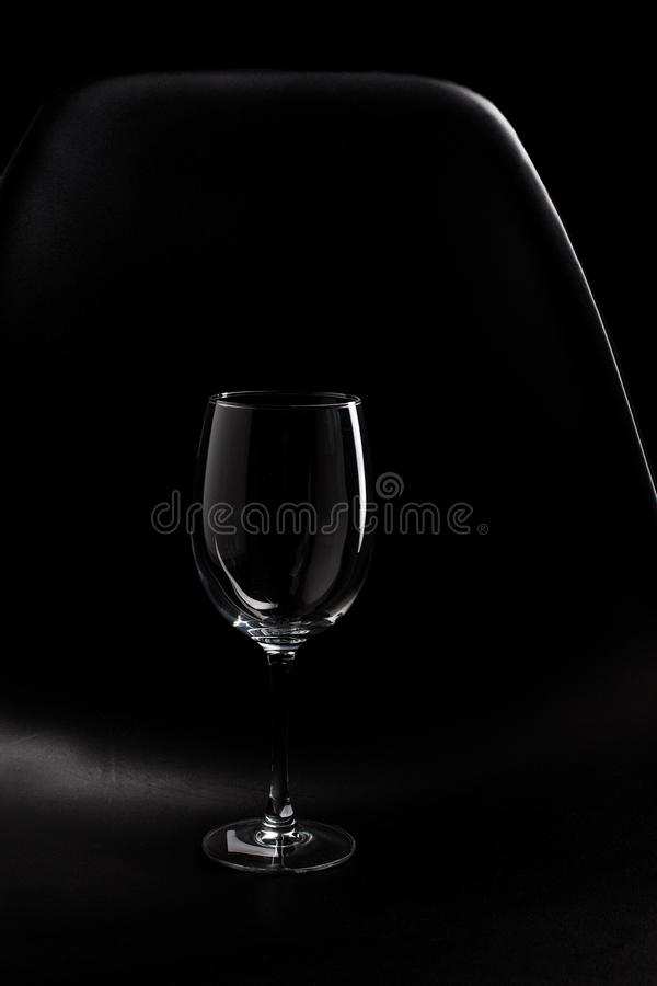 Изолированное самое интересное пустого бокала стоковые фотографии rf
