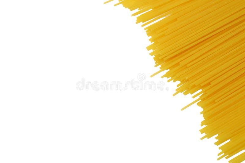 изолированная белизна макаронных изделия сырцовая стоковые изображения rf