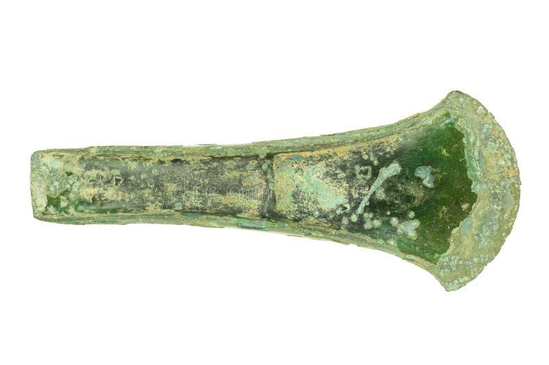 изолированная ось бронзового века стоковые изображения rf