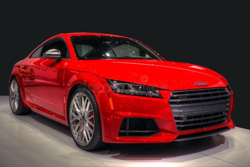Изолированный автомобиль спорт Audi стоковые фото