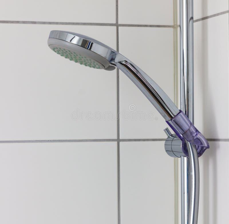 Изолированный душ ванны стоковое изображение rf