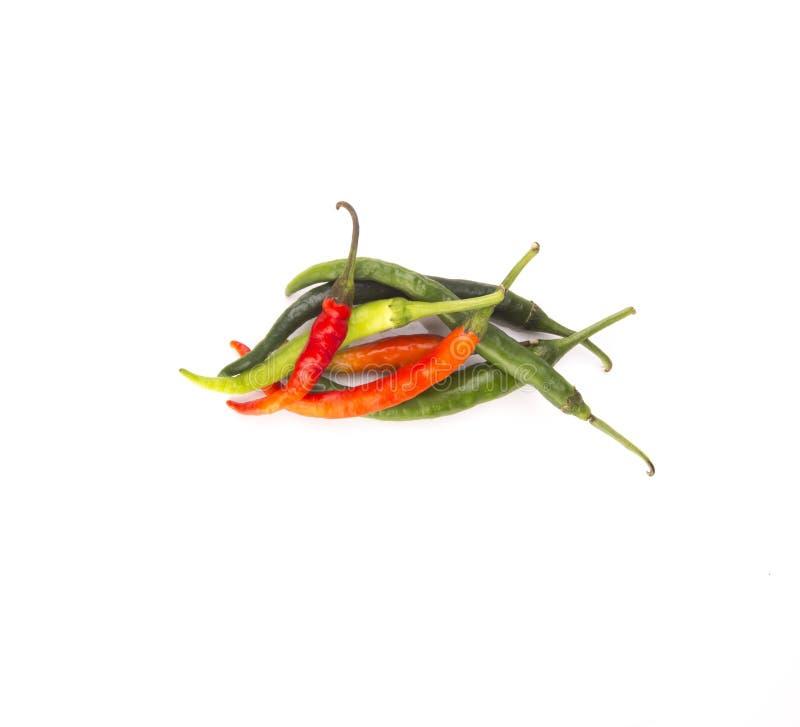 изолированный chili предпосылки перчит белизну стоковое фото rf