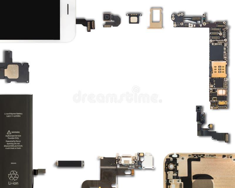 Изолят компонентов Smartphone на белизне стоковое изображение