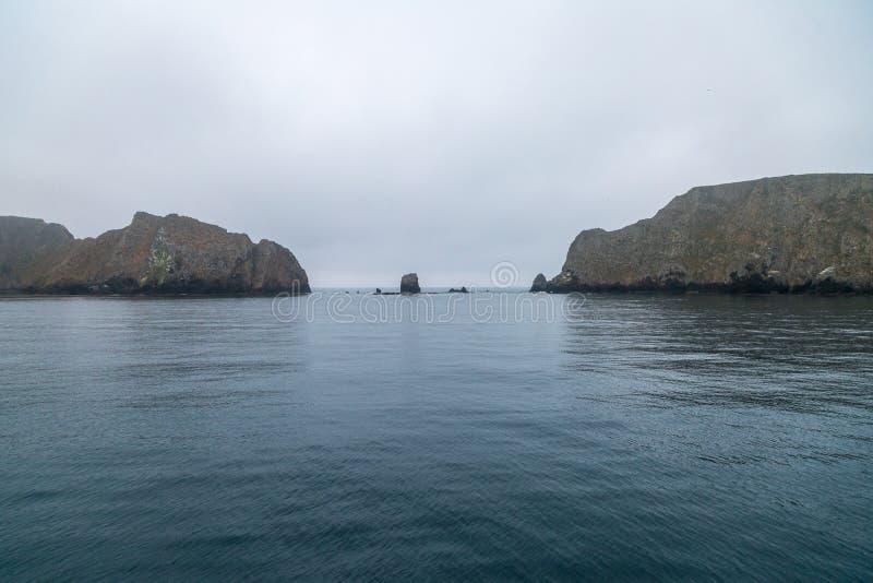 Изрезанная береговая линия стоковая фотография rf