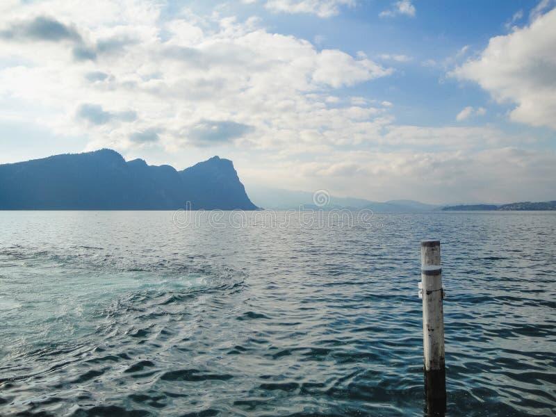 Изумительный взгляд к озеру Zug от гавани на держателе Rigi стоковые фотографии rf