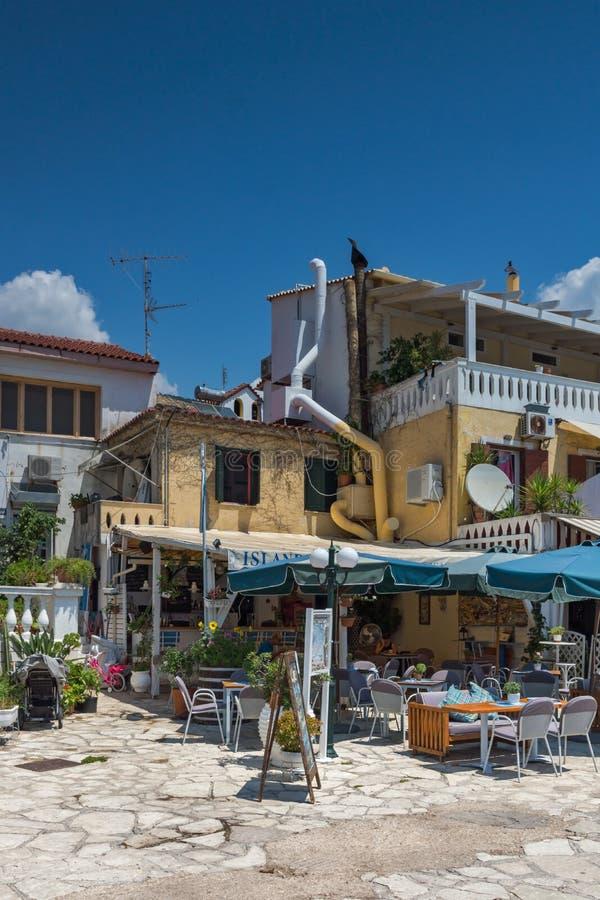 Изумительный взгляд лета городка Parga, Epirus, Греции стоковая фотография