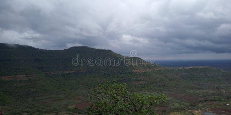 Изумительный взгляд от горы стоковое изображение rf