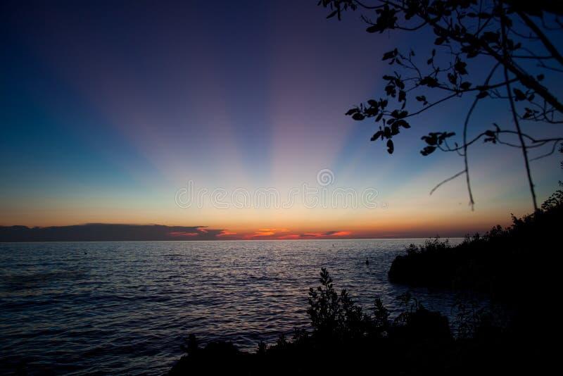 Изумительный красочный заход солнца в острове San Andres стоковое изображение