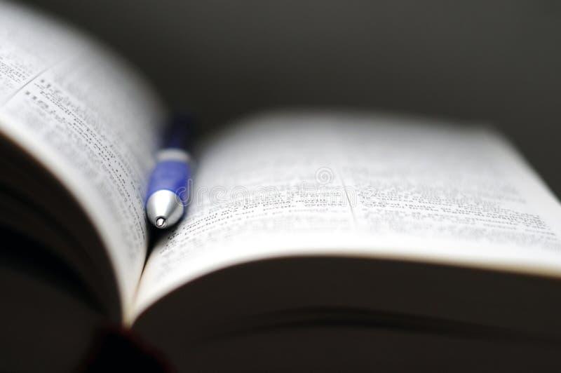 изучение библии стоковые фотографии rf