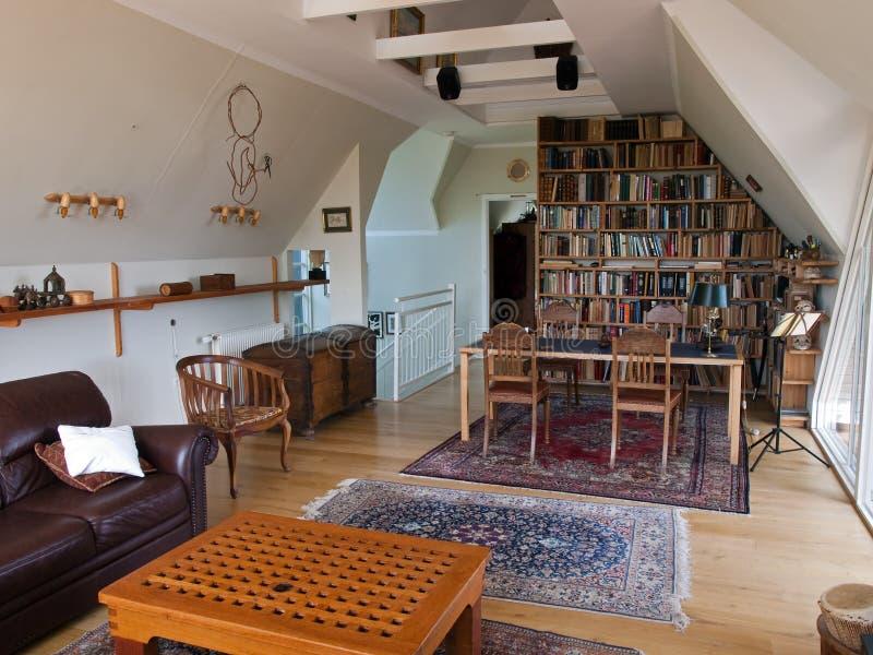 изучение комнаты домашнего офиса стоковая фотография rf