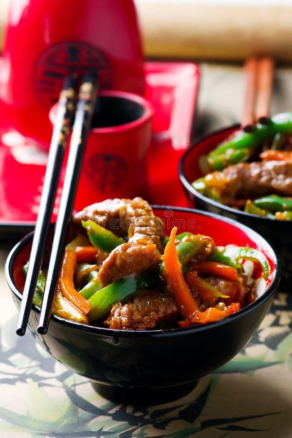 Имбир-приправленный Stir-фрай говядины и овоща стоковые фото